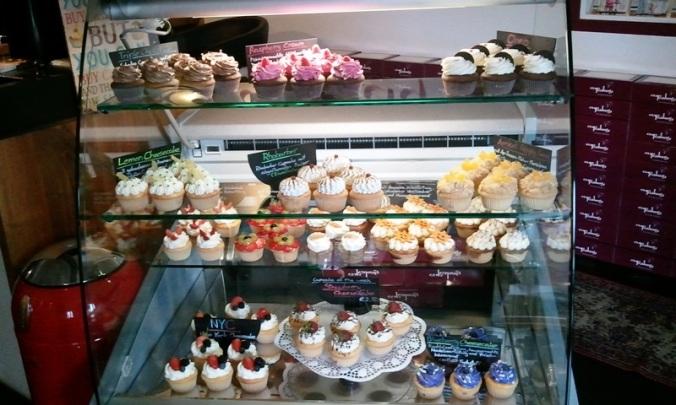 cupcakery, Regensburg, Germany, cupcakes, bakery, coffee shop, travel, photography, TS76