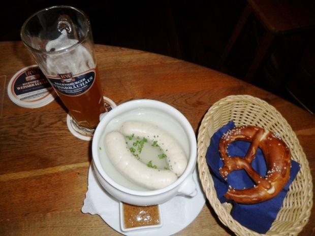 bratwurst, weisswürste, white sausages, Regensburger Weissbräuhaus, Regensburg, Germany, Deutschland, travel, photography, TS76
