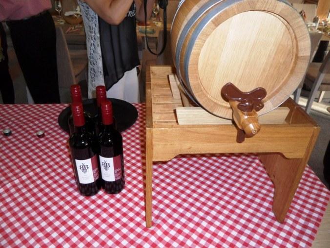 Viking Cruises, Viking Atla, wine, red wine, drinks, foodie, Austrian themed, dinner, photography, TS76