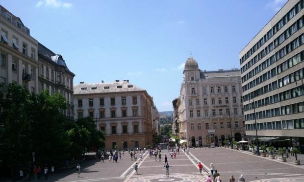 St-Stephen's Square, St-Stephen's Basilica, Szent István bazilika, Budapest, Hungary, photography, architecture, TS76
