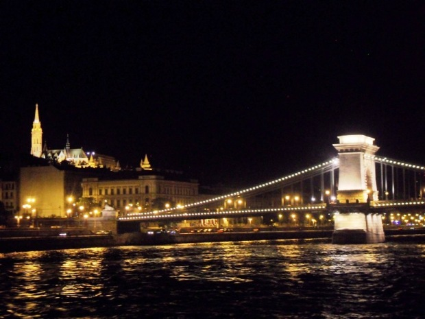 Viking River Cruises, night tour, Chain, Bridge, Budapest, Hungary, TS76