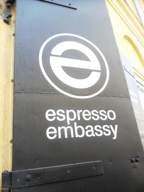drinks, espresso embassy, budapest, hungary, photography, TS76
