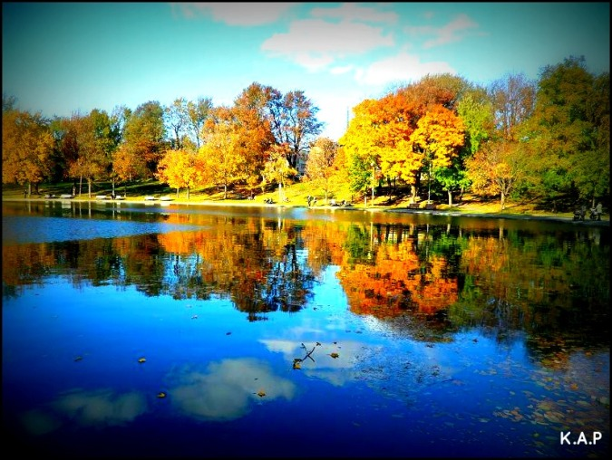 Fall, fall foliage, lake, lac, parc, park, Montreal, Quebec, Lafontaine Park, Parc Lafontaine, travel, photography, TS76