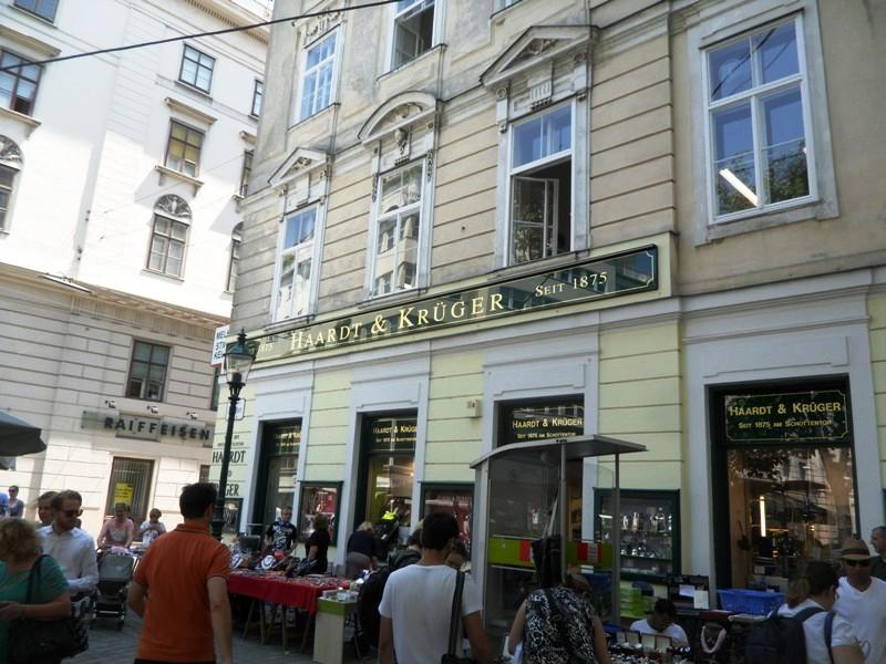Vienna single traveller