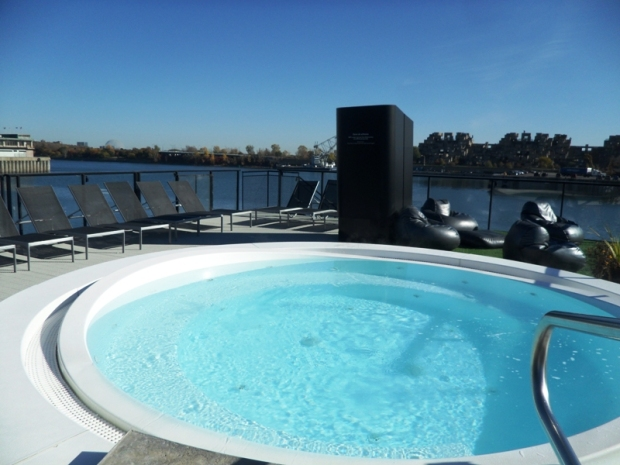 outdoor hot tub, hot tub, Bota Bota, Spa, Bota Bota Spa-sur-l'eau, Montreal, Quebec, Canada, wellness, spa travel, travel, photography, TS76