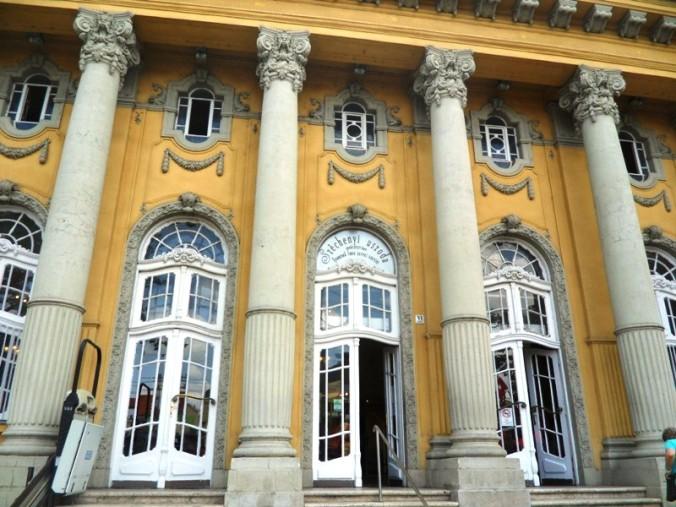 Szechenyi Thermal Baths, Budapest, Hungary, baths, thermal baths, Europe, wellness, health, TS76