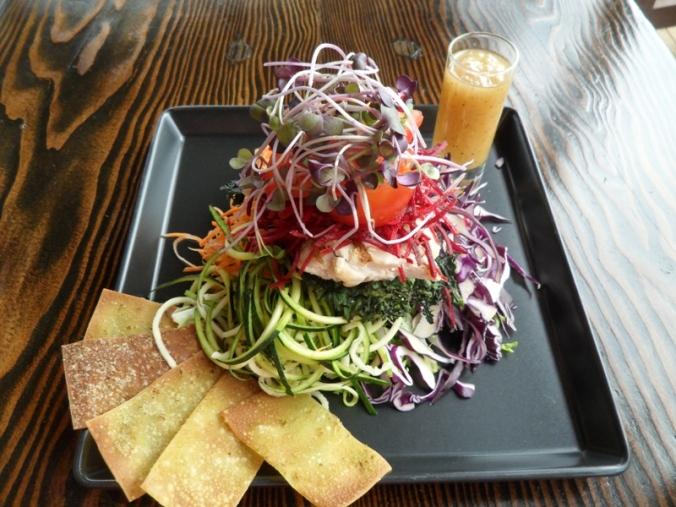 Vitality salad, salad, healthy food, La Source Bains Nordiques, Rawdon, Quebec, Canada, Spa, Nordic Baths, wellness, travel, photography, TS76