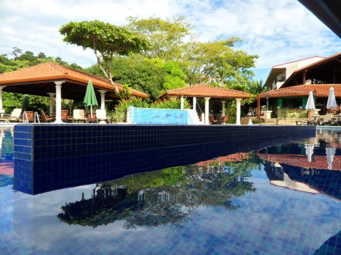 El Galeón pool bar, Parador Resort and Spa, Quepos, Costa Rica, Manuel, Antonio, hotel, travel, accommodation, luxury, luxury travel, Central America, Centro America, photography, TS76