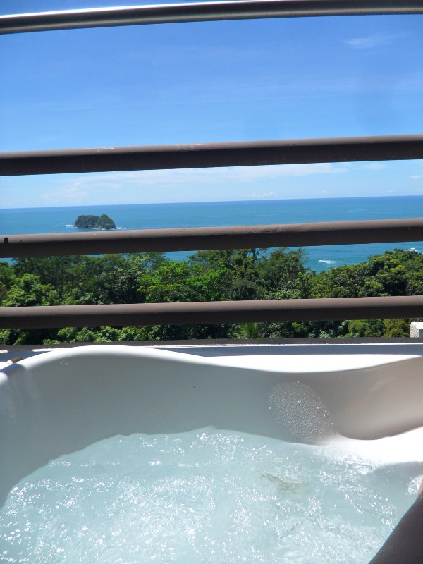 Jacuzzi, outdoor jacuzzi, Parador Resort and Spa, Quepos, Costa Rica, Manuel, Antonio, hotel, travel, accommodation, luxury, luxury travel, Central America, Centro America, photography, TS76