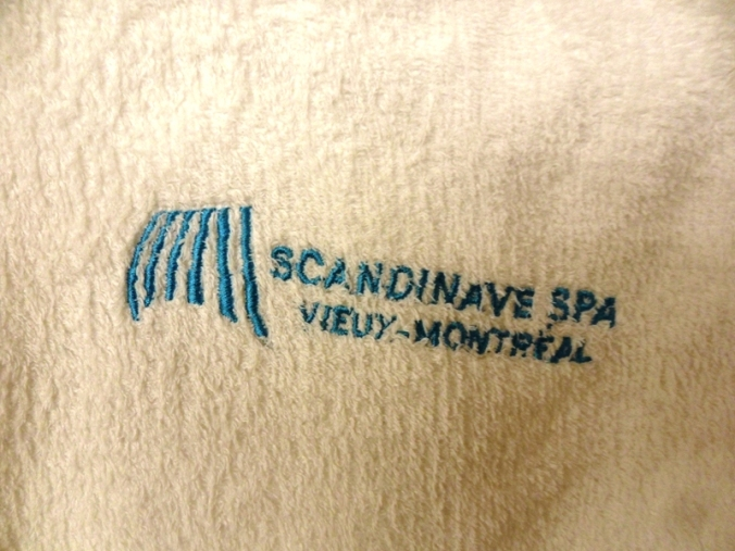 Scandinave spa, Old Montreal, spa, terry robe