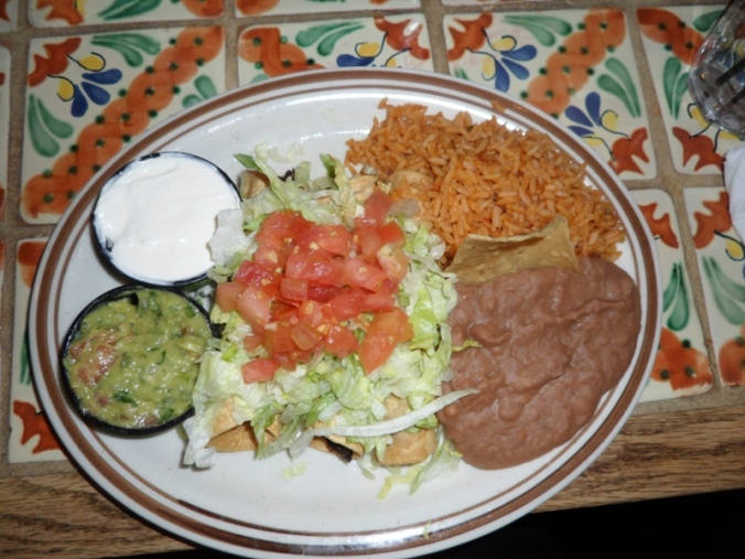 food, food photography, flautas, mexican food, Armando's Mexican Restaurant, Mexicantown, Detroit, Michigan,