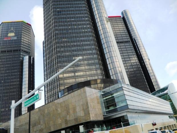 Renaissance Center, architecture, buildings, Detroit, Michigan, Show Me Detroit tour, tour, travel, photography, TS76