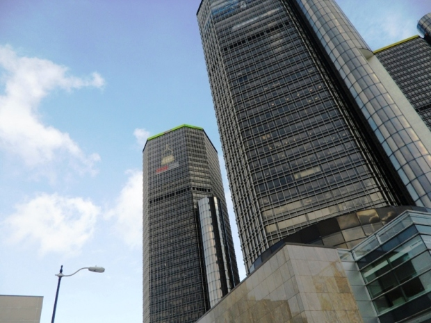 Renaissance Center, architecture, buildings, Detroit, Michigan, Show Me Detroit tour, tour, travel, photography, TS76