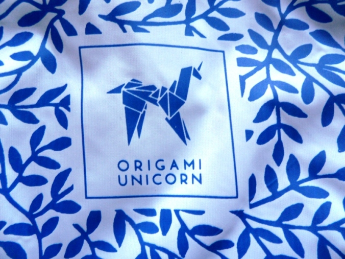 Origami Unicorn, Tuo Travel Undergarment Organizer, blue leaf pattern, travel, bag, TS76
