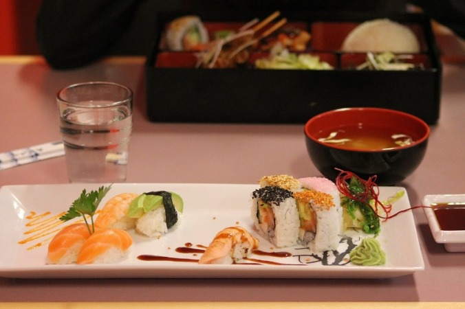 Fresh Sushi, Sushi, seafood, Japan, food, japanese food, foodies, food photography