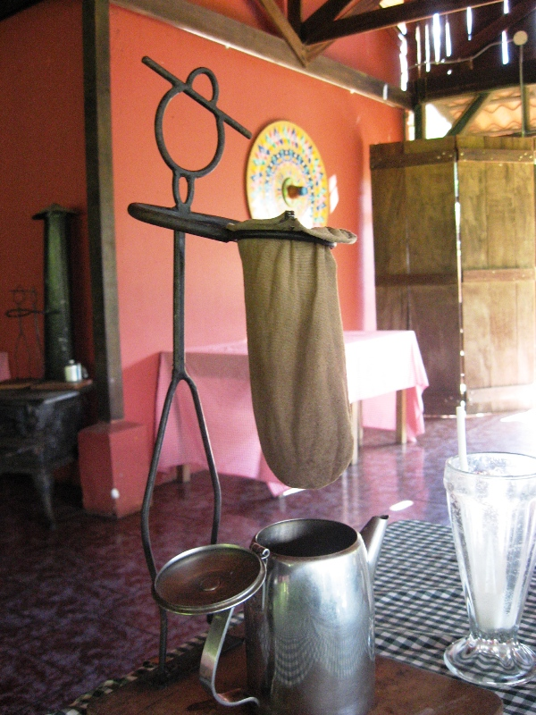 Café chorreado in Costa Rica