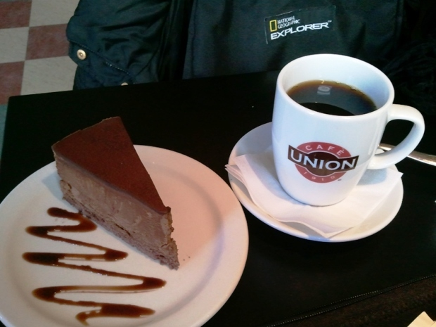 Union Coffee with Chocolate Mousse Cake