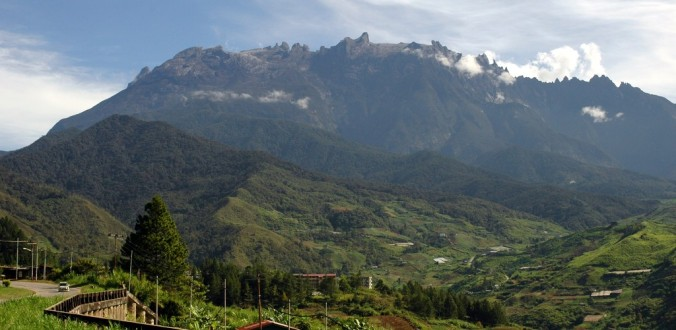 Love hiking? Mount Kinabalu in Indonesia is a great idea.